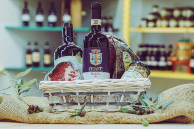 Farm Packaging of Typical Tuscan Artisan Products